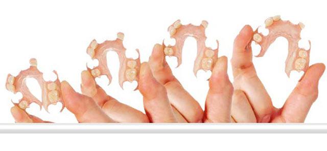 Нейлоновые протезы являются довольно гибкой конструкцией